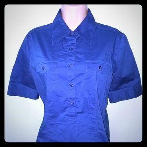 Button collar shirt